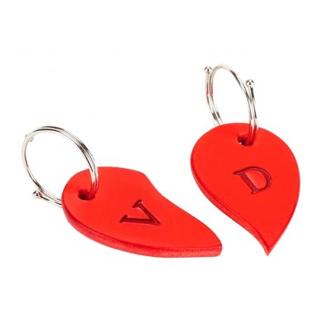 červené kožené srdíčko - přívěšek na klíče